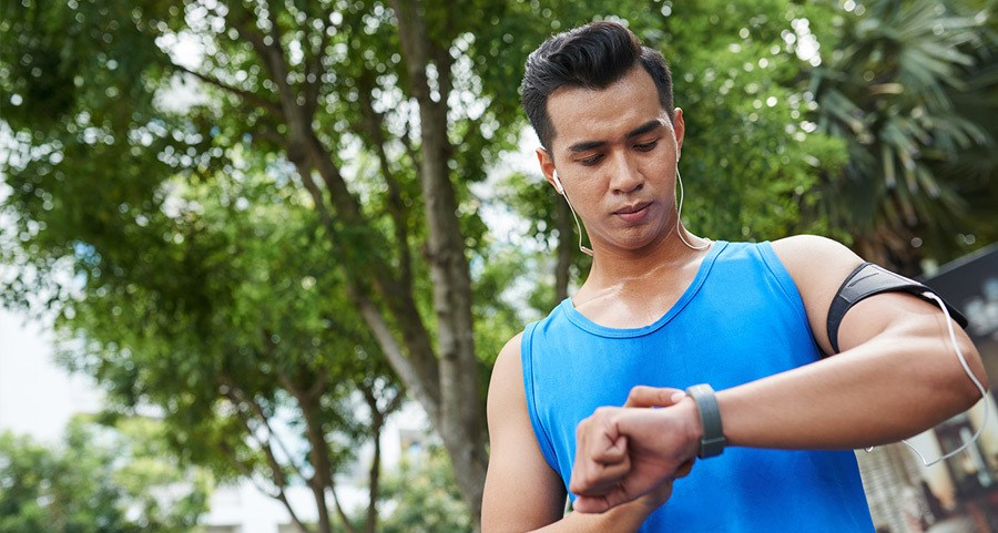CAN FITNESS BANDS IMPROVE MY HEALTH?