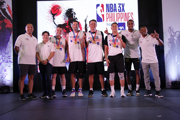 Celebrity Division champs Mikko Abello, Dominic Uy, Vince Hizon and Yuri Escueta bring home the gold after besting Nikko Ramos-led Calix Team.