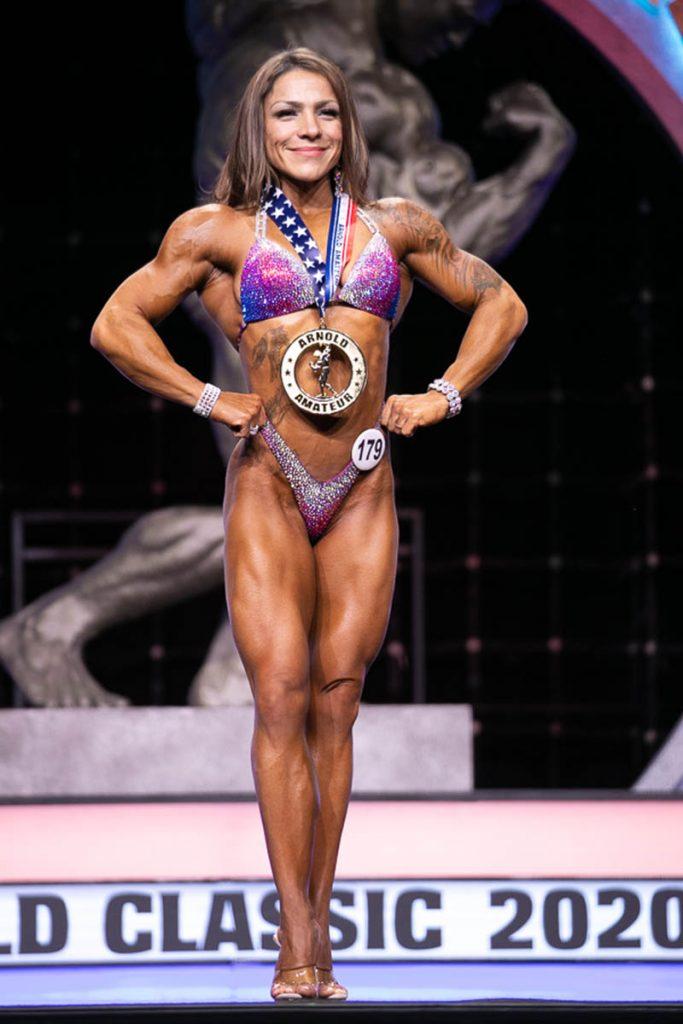 Master's Figure Overall Winner Lynn Centino #179 photo by Darren Burns